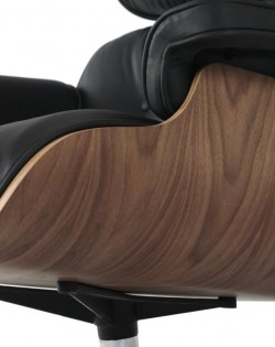 The Lounge Chair & Ottoman Premium – Black/Walnut