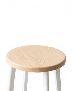 Jonty Barstool 66cm – White /Ash Wood Seat